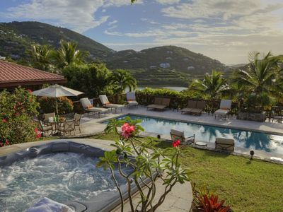 Photo for Amazing views! Beautiful Luxury Villa! Close to Town!