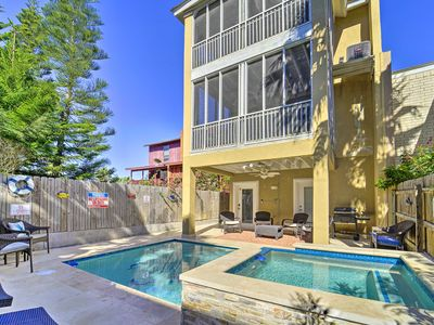 Photo for Updated South Padre home w/ Pool, ½ block to Beach