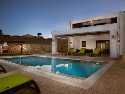 Photo for This 3-bedroom villa for up to 6 guests is located in Lachania / Lahania and has a private swimming