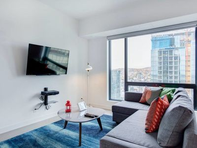 Photo for Downtown 2BR In Modern Condo