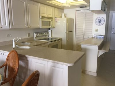 Remodeled Kitchen w/ corian counters
