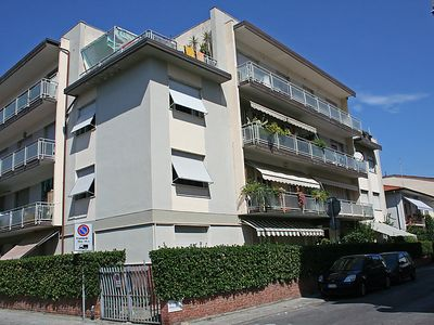 Photo for 2 bedroom Apartment, sleeps 4 in Viareggio