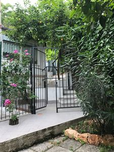 "Photo for ""Le Petit Paradis"" with garden in Naples center, free wi-fi"