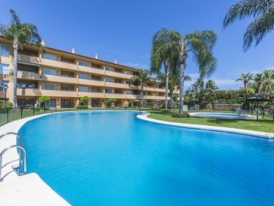 Photo for Quiet location near the golf course and one of the best beaches of Marbella