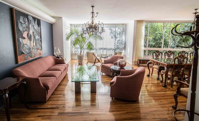 Photo for Classy apartment in the heart of the city