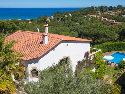 Photo for 6 bedroom Villa, sleeps 12 in Begur with Pool and WiFi
