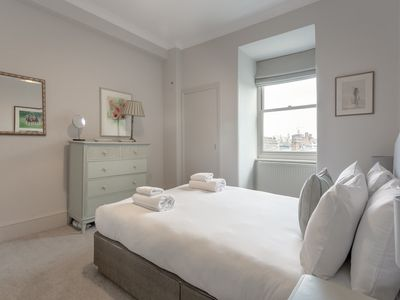 Photo for 1 Bedroom Apartment In Sloane Square
