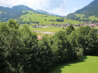 Photo for Apartment Schön-Egg in Zweisimmen - 2 persons, 1 bedrooms