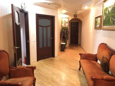 Photo for 2-room apartment for 4-6 UEFA fans near subway, 15 min to the Stadium