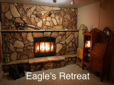Eagle's Retreat Vacation Cottage With Gorgeous Park And Lake Views