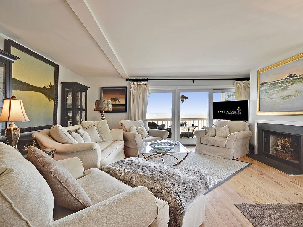 oceanfront fully renovated condo summer rates reduced isle of