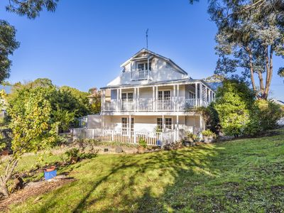Photo for 5BR House Vacation Rental in Hepburn Springs, VIC