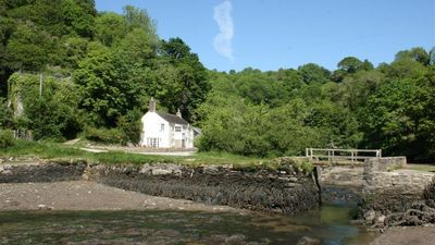 Photo for Pont Quay Cottage - Three Bedroom House, Sleeps 6