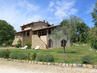 Photo for Stunning  villa for 4 guests with A/C, pool, WIFI, TV, balcony, pets allowed and parking