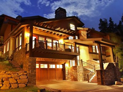 Exterior of Lookout 28 - The House of Color- Deer Valley