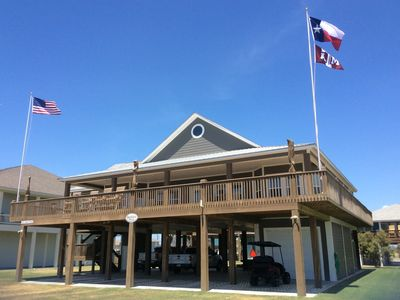 Photo for Shore Relaxin - 4 BEDROOM 3.5 BATH VACATION RENTAL HOME, CRYSTAL BEACH, TEXAS