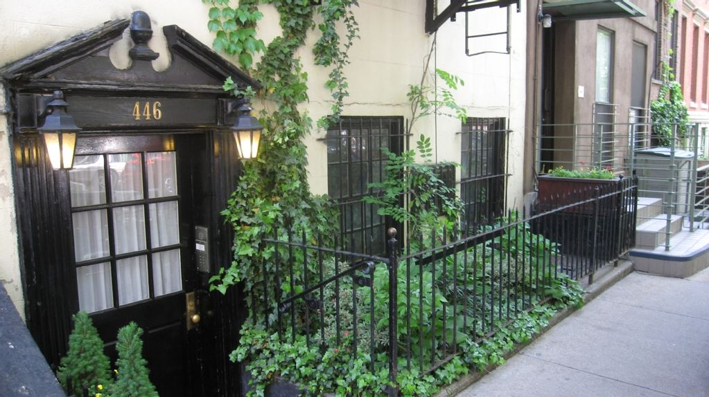 NYC, CHELSEA ART DISTRICT, Perfect Luxury Studio Apartment In Private  Townhouse