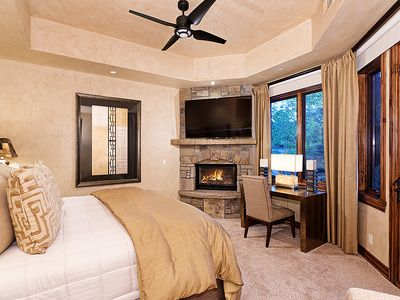Photo for 6 Bedroom Luxury in the Pines Ski in/out