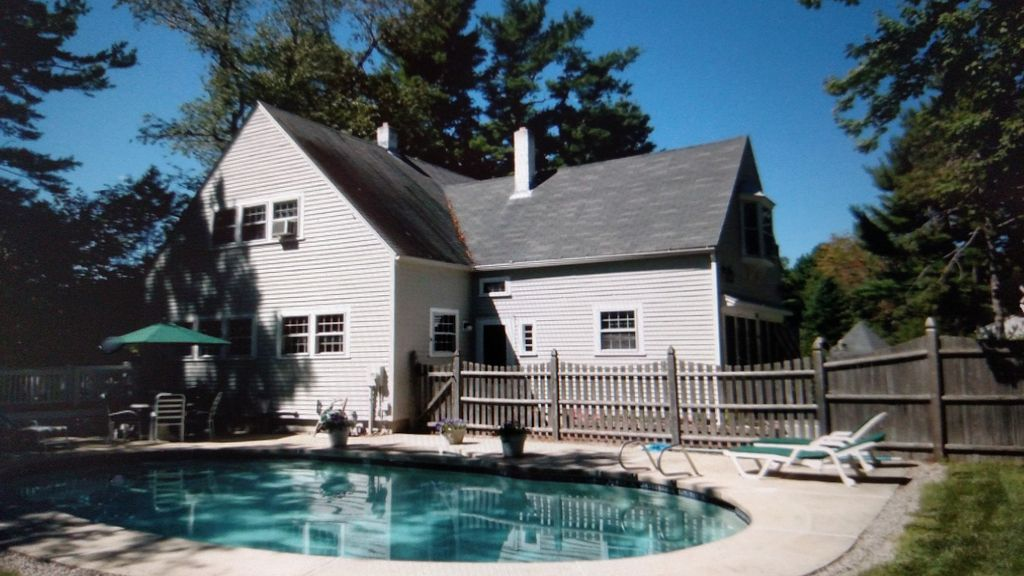 Hotels vacation rentals near perkins cove usa trip101 for Getaway hotels near me