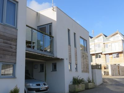 Photo for Beautiful Contemporary Townhouse with sea view and Balcony