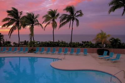 A spectacular sunset poolside