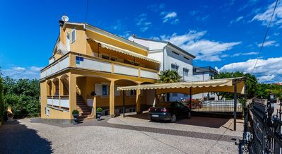 Photo for Holiday apartment (Holiday) with balcony 350 m from the beach