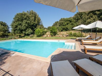 Photo for 3 apartments with private pool in Umbria, 90 kms northern Rome. 6 bedrooms.