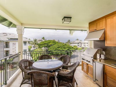 Photo for Luxury Condo with a Private Beach Club, Lanai BBQ, Golf Nearby, A/C - Perfect for Families
