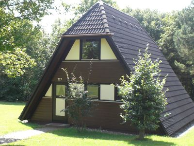 Photo for Detached, well-kept bungalow on the Katzenbuckel mountain