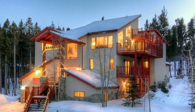 Ski In and Out  Great Ski Home 9 Large Suits. 10  bath