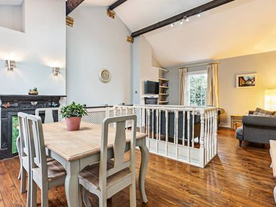 Photo for Quirky 2 Bedroom Home w/ large Garden in Putney