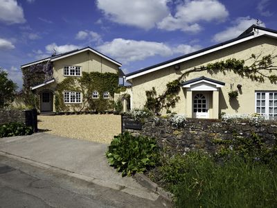 Photo for Ground Floor Bungalow in a peaceful rural location near Cardiff