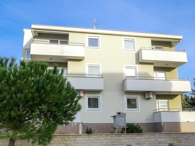 Photo for Apartment in Novalja (Pag), capacity 4+3