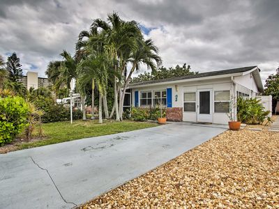 Photo for NEW-Jensen Beach Bungalow w/Hot Tub & Beach Access
