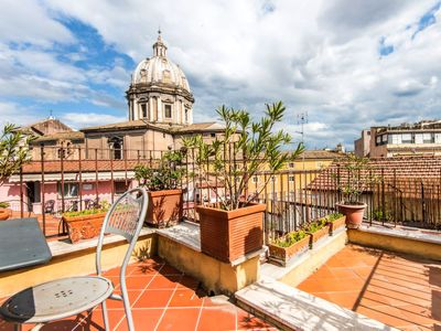 Photo for Apartment Pallaro Terrace Stunning View in Roma: Centro Storico - 5 persons, 3 bedrooms