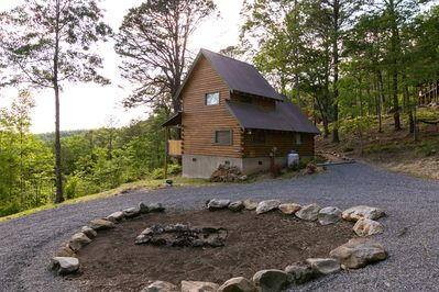 New Listing Smoky Mountain Cabin Just Remodeled With A Great View Townsend