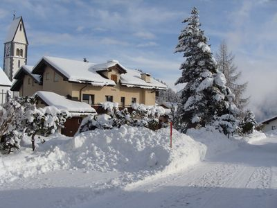 Photo for Comfortable vacation apartment with wonderful panoramic view & ski lift nearby