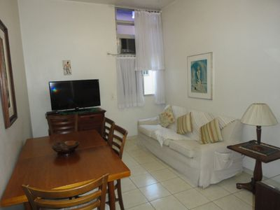 Photo for Two-bedroom apartment Ipanema, Posto 9, two blocks from the beach.