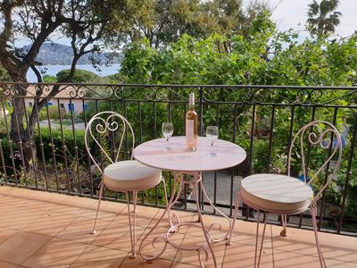 Photo for Charming house 2.5 km from Saint-Tropez!
