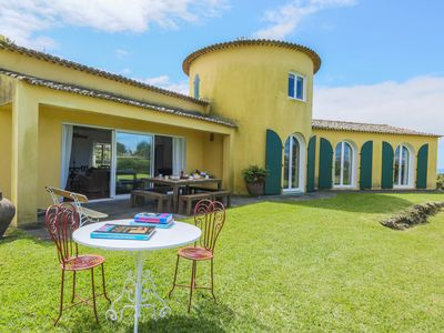 Photo for Exquisite House, sea view and pool TORRE DO TERMO