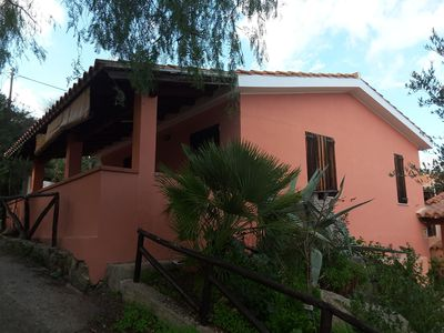 Photo for Charming cottage: 4 beds, 800 m from the sea