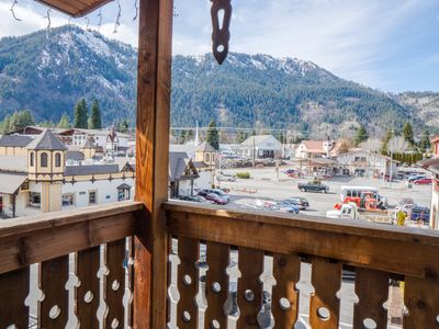 Photo for In the heart of town - Front Street - Leavenworth's main shopping/dining street