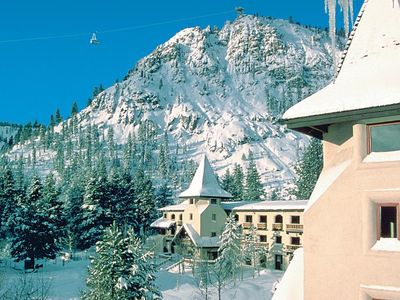 Photo for Squaw Valley condo, sleeps 4, all amenities, walk/shuttle to lifts