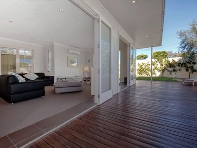Photo for 'Campbell Cove', 60 Campbell Avenue - air conditioned, pet friendly