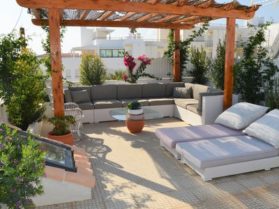 Photo for Charming Apt w/roof terrace and stunning views. 2 min walk to Beach/restaurants