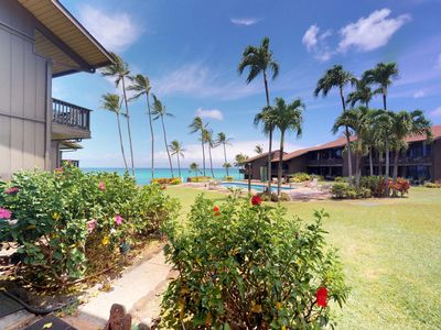 Photo for Waterfront condo w/ shared pool & ocean view - close to the beach