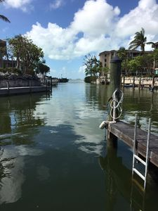 Waterview, ground floor condo with 32' boat slip in Buttonwood Bay
