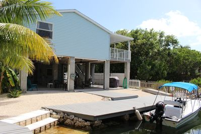 great vacation canal home with great sunsets