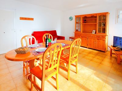 Photo for Cosy apartment for 6 guests with WIFI, TV and balcony