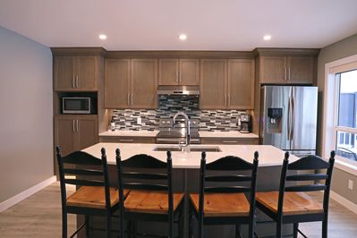 The perfect kitchen for family, fun and entertaining friends!